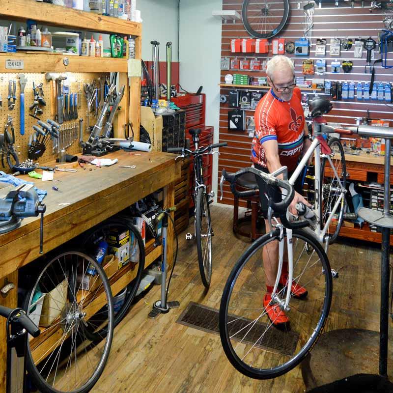 vic's classic bikes | louisville kentucky